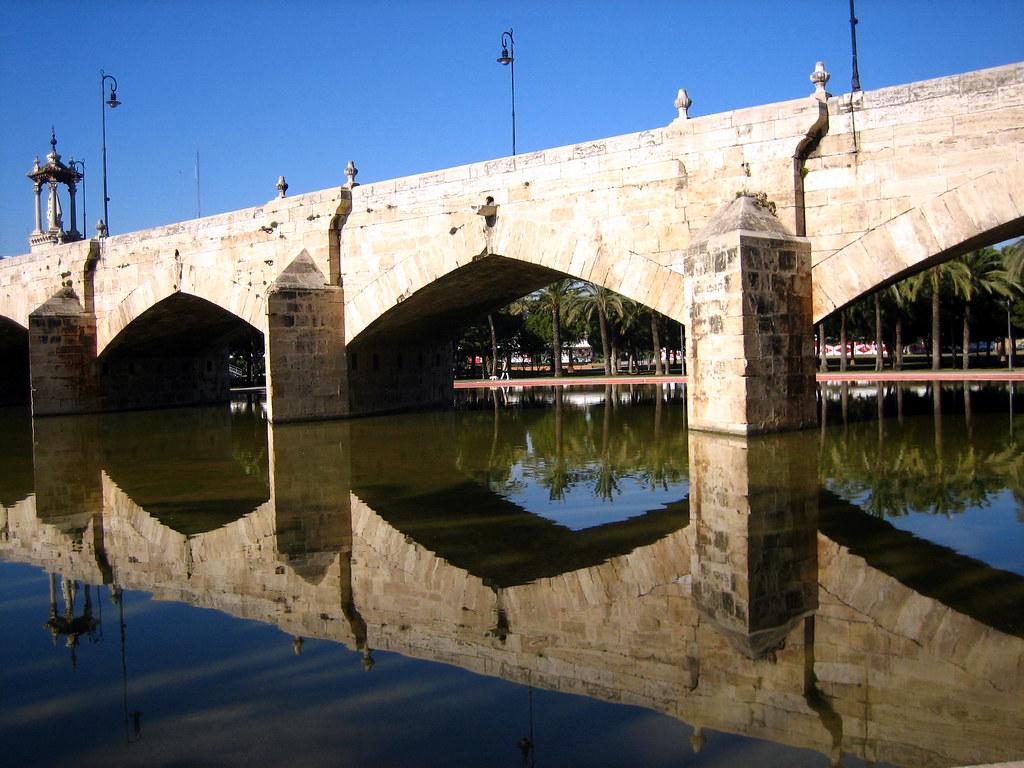 bridges in valencia